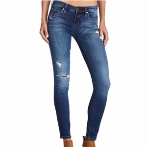 Blank NYC The Reade Classic Skinny Jean Distressed